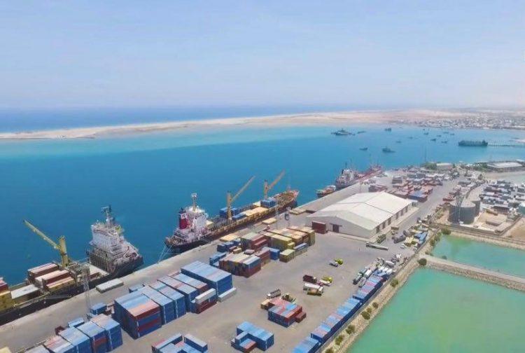 """صفعة أخرى للإمارات بعد جيبوتي.. الصومال تلغي شراكة موانئ دبي لإدارة ميناء """"بربرة"""""""