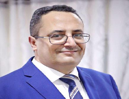 الوزير الصيادي يدعو اليمنيين للتظاهر والمطالبة بعودة الرئيس هادي إلى اليمن