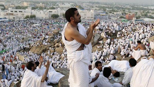مليشيا الحوثي تلزم وكالات الحج والعمرة في العاصمة صنعاء بأخذ مبالغ مالية من كل مواطن يريد الحج