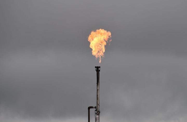 شبوة .. مصادر محلية تكشف قيام الامارات بعرقلة تصدير النفط  واللعب بالورقة الامنية