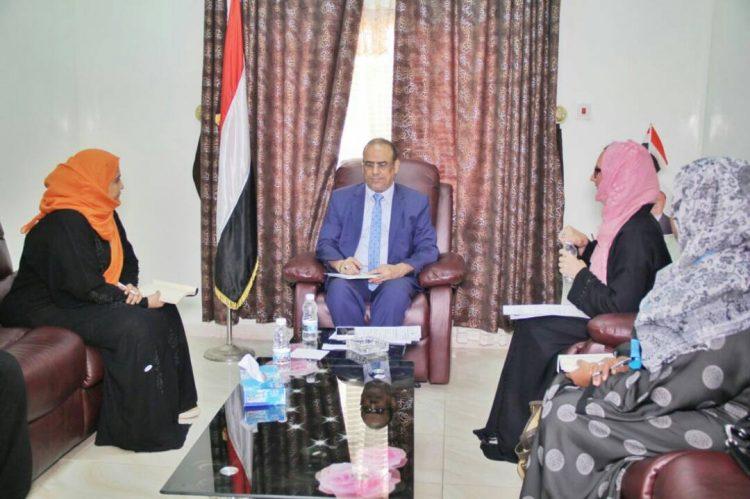 نائب رئيس الوزراء وزير الداخلية:ميليشيا الحوثي تعمل على استدراج الأطفال من المدارسِ و تجندهم قسرا