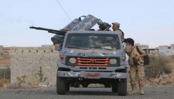 قوات الجيش تسيطر على مواقع جديدة جنوب وغرب محافظة تعز