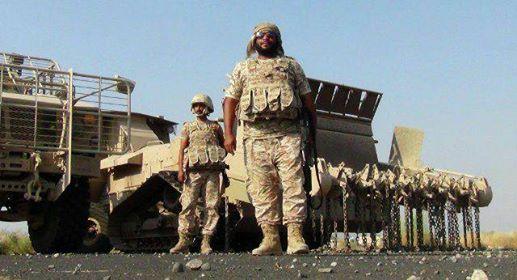 دبابات ومدرعات الإمارات تغادر جزيرة سقطرى بعد تسلم القوات اليمنية للمطار والميناء