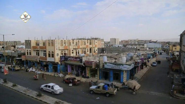 مقذوف حوثي يصيب أربعة أطفال وسط حي سكني بمدينة مأرب