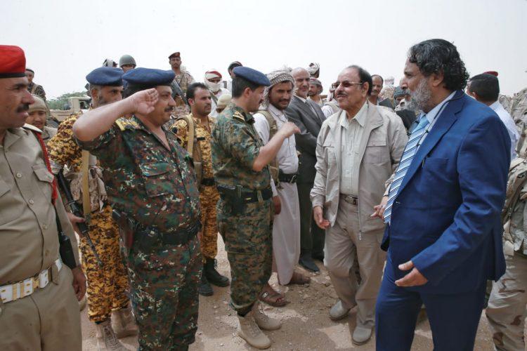 الفريق علي محسن يصل الجوف ويتفقد احوال المواطنين في المحافظة