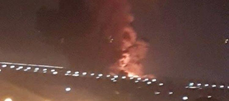 انفجار في مطار القاهرة يوقف حركة الملاحة الجوية