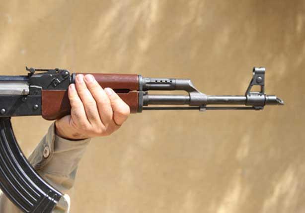 مسلح قبلي يقتل مواطناً وسط سوق مودية بمحافظة أبين