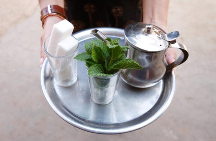 إضافة ملعقتين ونصف من السكر لمشروب الشاي قد تسبب هذا المرض الخطير