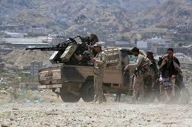قوات الجيش تشن هجوما على مواقع المليشيات في جبهة مقبنة غرب تعز