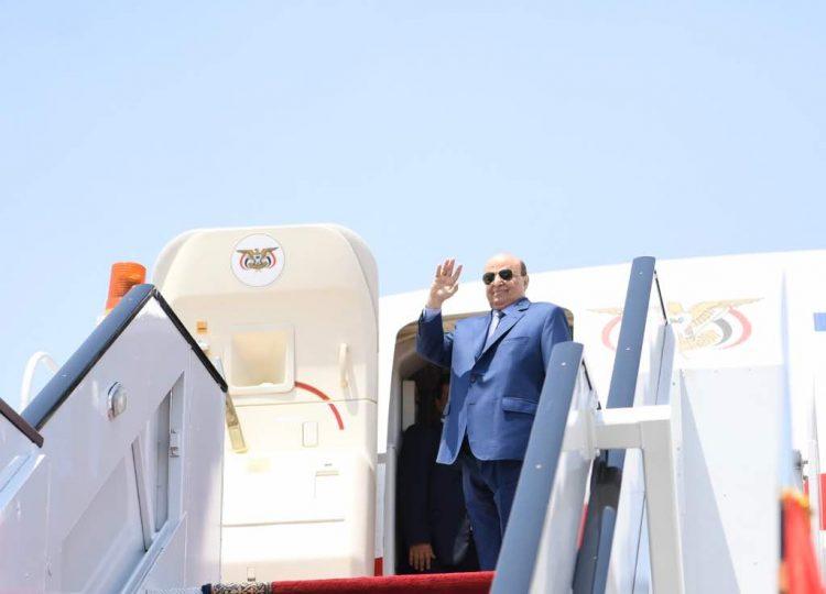 الرئيس هادي يصل الرياض قادماً من القاهرة