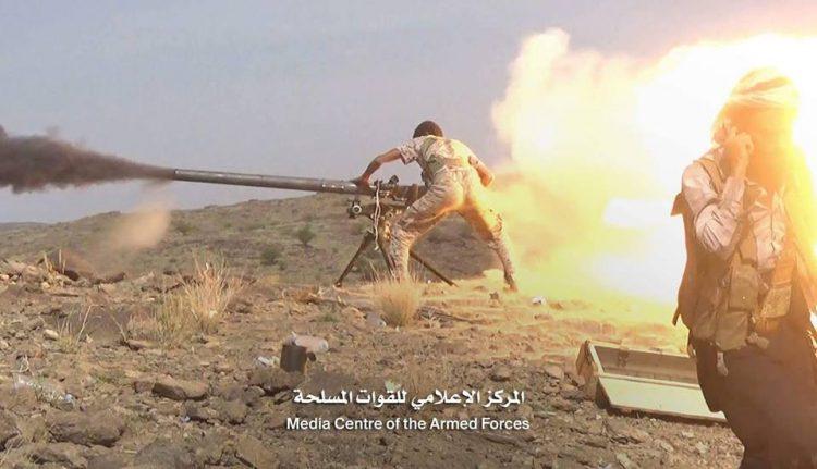 مصرع 8 وجرح 12 آخرين من مليشيا الحوثي بقصف مدفعي شرق محافظة البيضاء