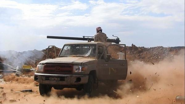 قوات الجيش الوطني تسيطر على سلسلة جبلية بمنطقة الكدحة
