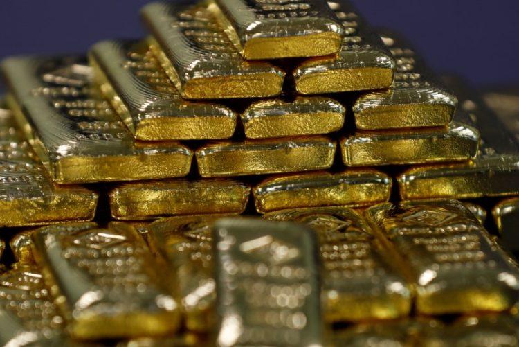 الذهب يتراجع بفعل صعود الدولار والبلاديوم يسجل ذروة 9 أسابيع