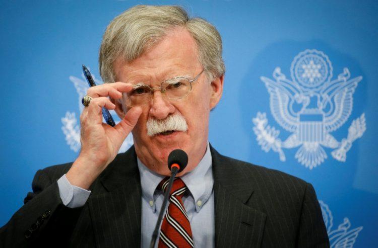 """مستشار ترمب يهدد أعضاء """"الجنائية الدولية"""" بعقوبات اذا حققوا في انتهاكات جنود أمريكيين في افغانستانم"""