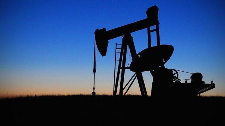 أسعار النفط الخام تشهد تراجع في بداية التعاملات الأسبوعية وسط مخاوف من ضعف الطلب