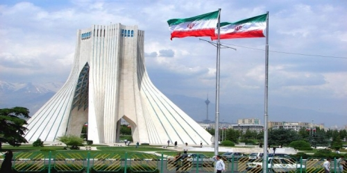 تقرير خطير.. رويترز تكشف تفاصيل حملة تضليل إيرانية يتولاها 70 موقعاً وتستهدف 15 دولة منها مصر والسودان واليمن