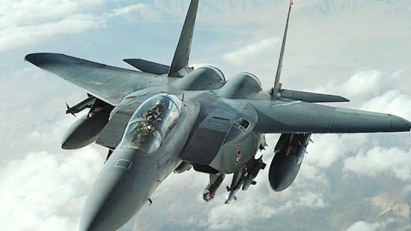 طيران التحالف العربي يشن غارات على مواقع مليشيا الحوثي في حجة