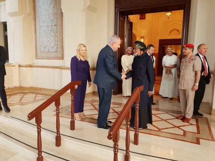 لأول مرة .. نتنياهو يزور سلطنة عمان (صور)