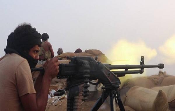 قوات الجيش تفرض حصارا محكما على مئات من عناصر المليشيات في مران بصعدة