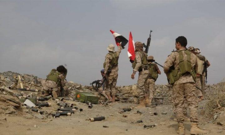 قوات الجيش تتقدم في عددا من المواقع بجبهة العود بمحافظة إب وتقوم بتأمينها