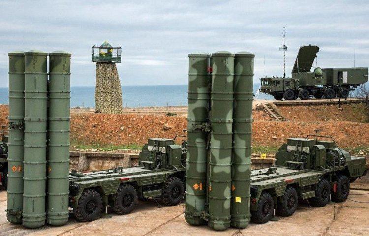 الجيش الروسي يعتزم نشر نظاما جديدا لصواريخ أرض-جو أس-400 بالقرم