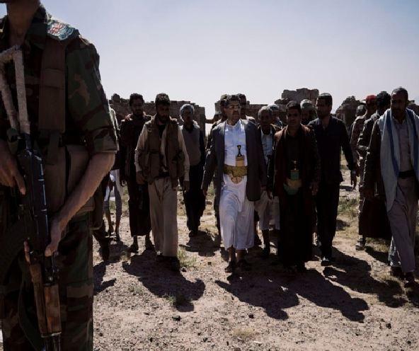 صحيفة أمريكية: يُحكم الحوثيون الموالون لإيران قبضتهم في اليمن من خلال الخوف والترهيب
