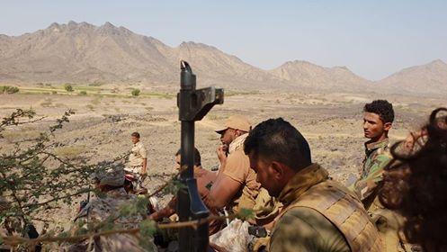 قوات الجيش تتقدم في حرض وتحرر مواقع جديدة