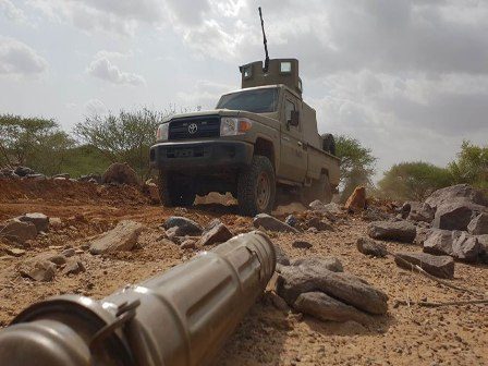 الجيش الوطني يتمكن من التقدم في دمت ويسيطر على مواقع جديدة