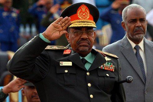 مؤشرات انقلاب عسكري ضد البشير في السودان .. والكشف عن مخطط بعلم امريكا