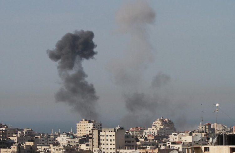 مقاتلات حربية اسرائيلية تقصف اهدافاً في غزة ولا اصابات