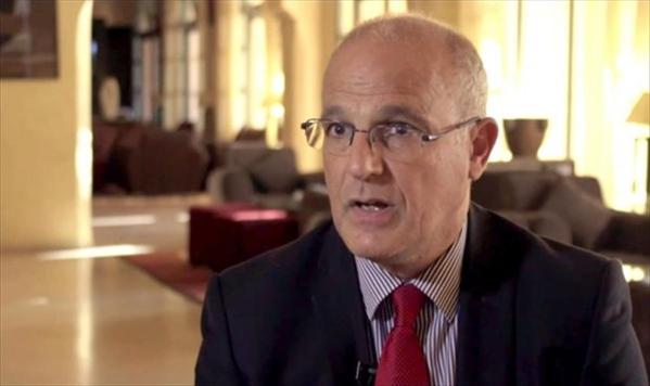 السفير البريطاني لدى اليمن: نحن قلقون لعدم تطبيق اتفاق استوكهولم
