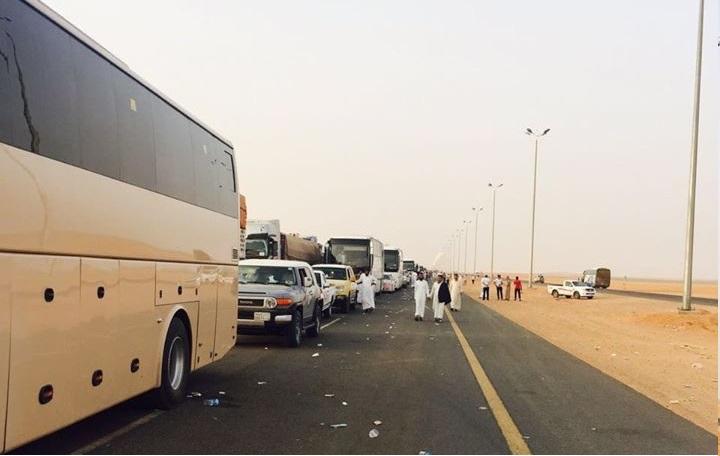 وزارة الأوقاف تبشر المعتمرين وتؤكد انتهاء الازدحام بمنفذ الوديعة