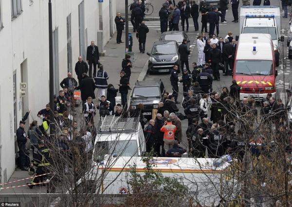 """بعد ثلاثة أعوام على اعتداءات """"شارلي إيبدو"""" الدموية فرنسا تبدء محاكمة 14 شخصاً"""