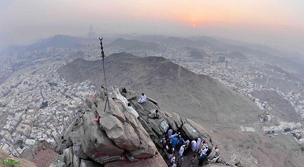 سقوط صخرة من جبل غار حراء يتسبب في وفاة معتمرة