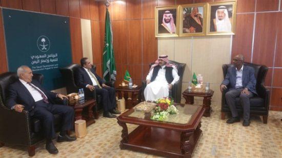 تفاصيل لقاء كتلة حزب الاصلاح البرلمانية بالسفير السعودي لدى اليمن