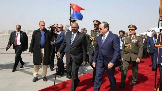 خلال لقائه بالرئيس المصري.. البشير يحذر من محاولة لاستنساخ الربيع العربي في السودان