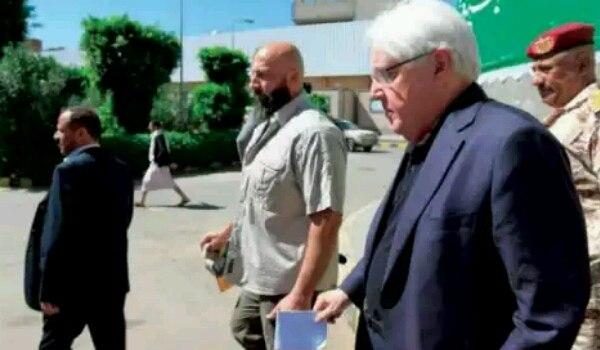 بعد لقائه زعيم مليشيا الحوثي.. غريفيث يغادر العاصمة صنعاء