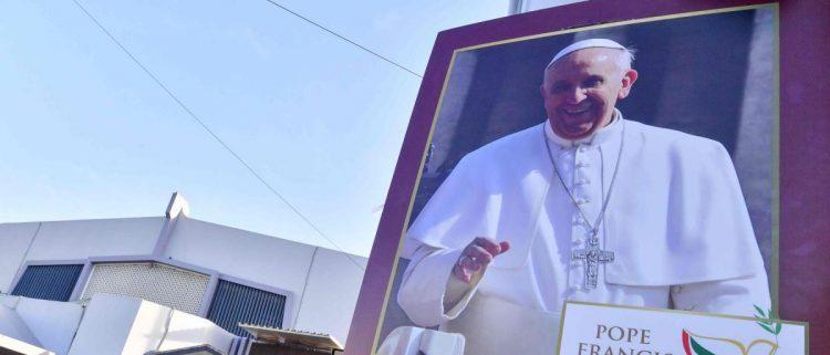 """منظمة دولية تطالب """"البابا"""" بالضغط على الإمارات لوقف انتهاكاتها الجسيمة في اليمن"""