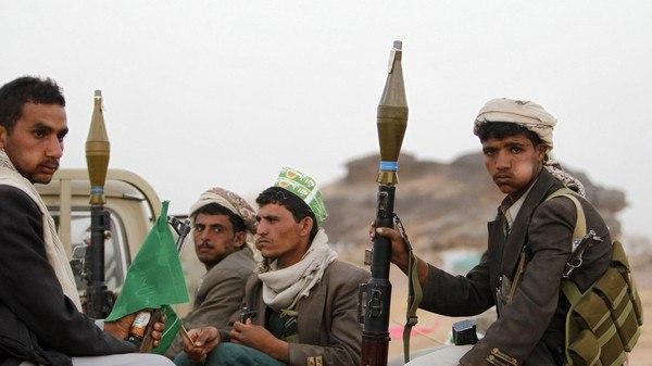 بعد اختطافه لمدة يومين.. مليشيا الحوثي تعدم مواطنا في سجونها بالضالع