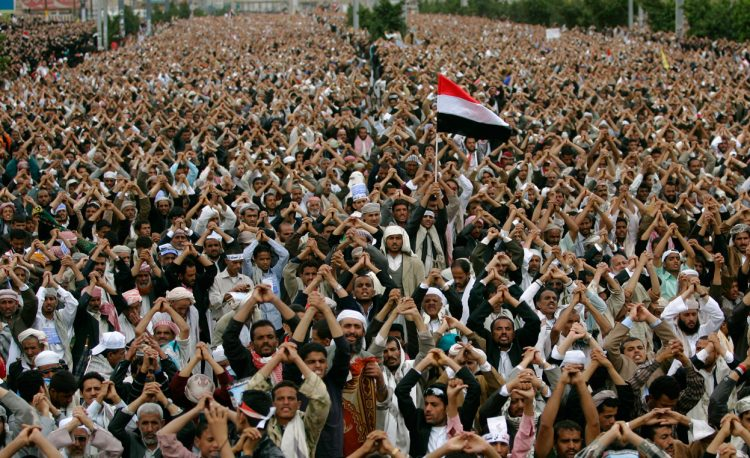 المتشدقون على ثورة 11 فبراير