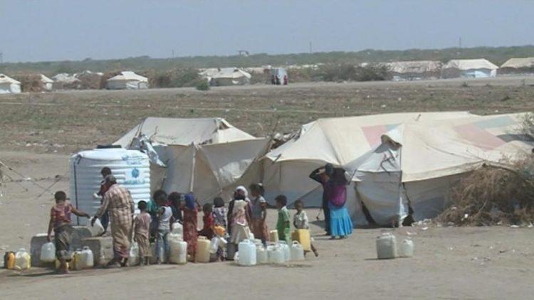 الحديدة.. الحكومة الشرعية تفتح ممرات إنسانية في الاراضي الواقعة تحت سيطرتها