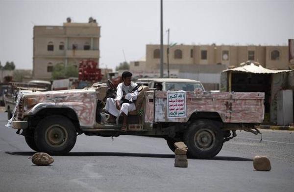 مليشيا الحوثي تختطف امرأة مع 4 من أولادها في صعدة بتهمة الإنتماء إلى قبائل حجور