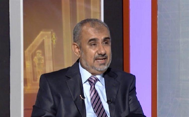 هادي هيج: مليشيا الحوثي تطلق عناصر القاعدة وتتهم خصومها بالارهاب