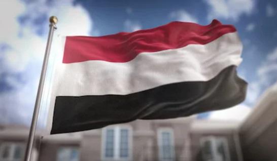 عقب استمرار خروقات المليشيات.. الحكومة تعلق عمل الفريق الحكومي في لجنة تنسيق إعادة الانتشار وتحمل الحوثيين المسؤولية