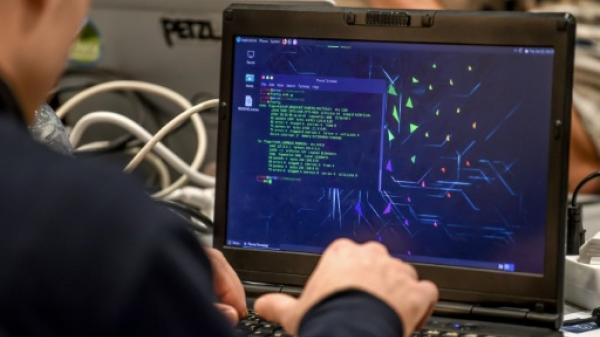 الهيئة المسؤولة عن عناوين الإنترنت تحذر من هجمات كبيرة على البنية التحتية للإنترنت