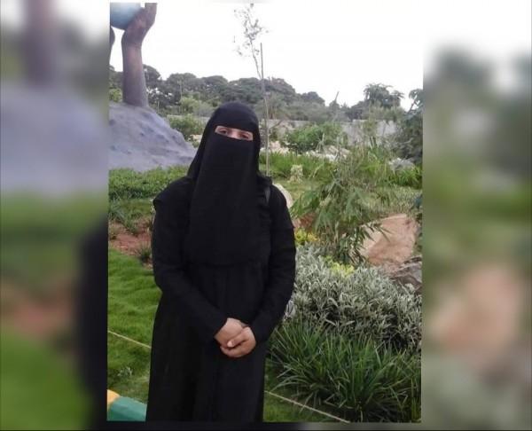 """مليشيا الحوثي تبتز أسرة المختطفة """"البشيري"""" ويطالبون بمليون ريال"""