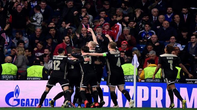 """رباعية """"أياكس"""" تهين ريال مدريد في البرنابيو وتقصيه من دوري الأبطال"""