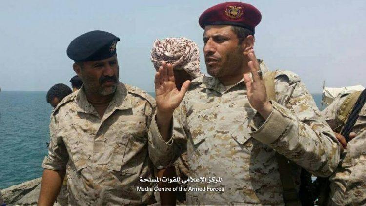 قائد المنطقة العسكرية اللواء يحيى صلاح يهدد بالاستقالة إذا استمر خذلان حجور