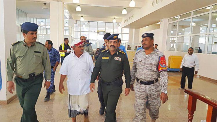 مدير الشرطة بحضرموت يتفقد مطار سيئون الدولي