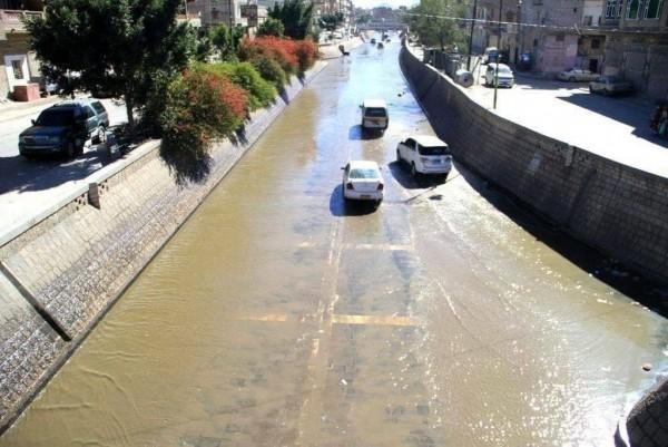 مستنقعات الصرف الصحي تغرق العاصمة صنعاء بوباء الكوليرا